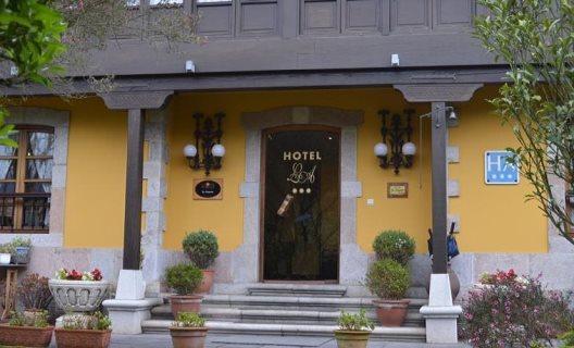 Hotel La Arquera
