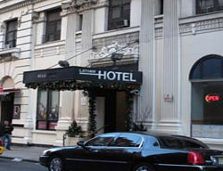 Hotel Latham