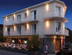 Hotel Le Grillon D'or