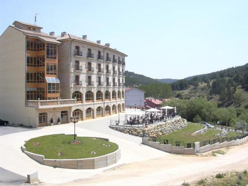 Hotel Manrique De Lara