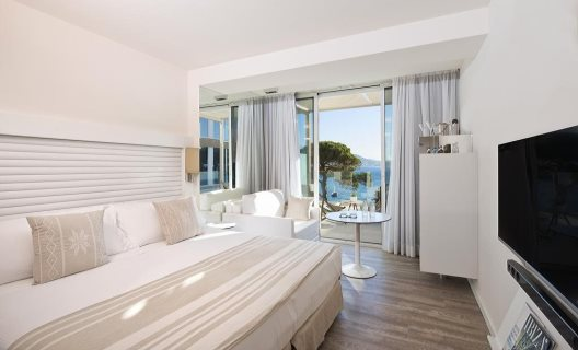 hotel me ibiza santa eulalia ibiza. Black Bedroom Furniture Sets. Home Design Ideas