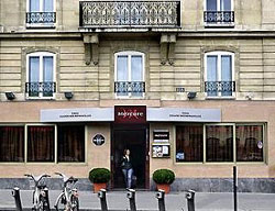 Hotel Mercure Paris Square Des Batignolles