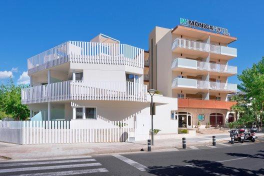 Hotel Mónica