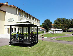 Hotel Nicols