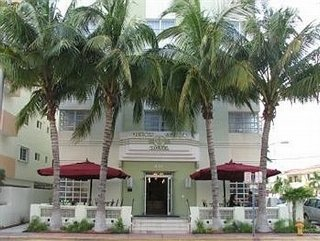 Hotel Ocean Spray Miami Beach