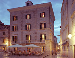 Hotel Pucic Palace