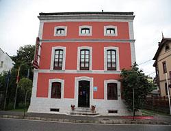 Hotel Puente Romano