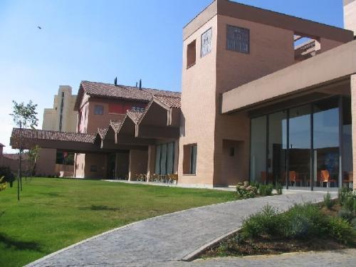 Hotel Puerta De Sahagún