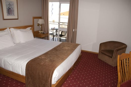 Hotel Rainha D. Amelia