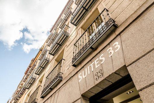 Hotel Suites 33
