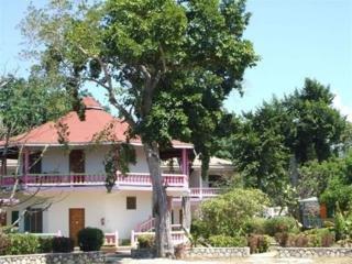 Hotel Sumerset Village