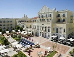 Hotel The Lake Resort