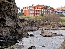 hotel torre cristina noja cantabria: