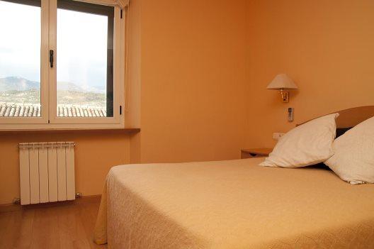 Hotel Villa De Ayerbe