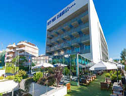 Hotel Deals H. Sol Port Cambrils + Scream Nights Park Tickets