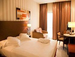 Ofertas Hotel Las Artes +Entradas 2 Días a Warner Madrid