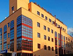 Ofertas Hotel B&B Fuenlabrada + Entradas 2 Días a Warner Madrid
