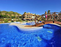 Hotel Deals Aptos. PV Bonavista De Bonmont + Scream Nights Park Tickets