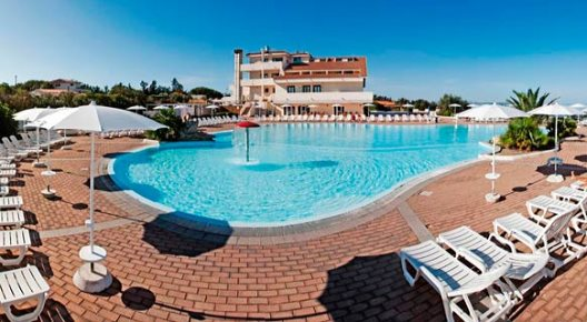 La Plage Noire Resort